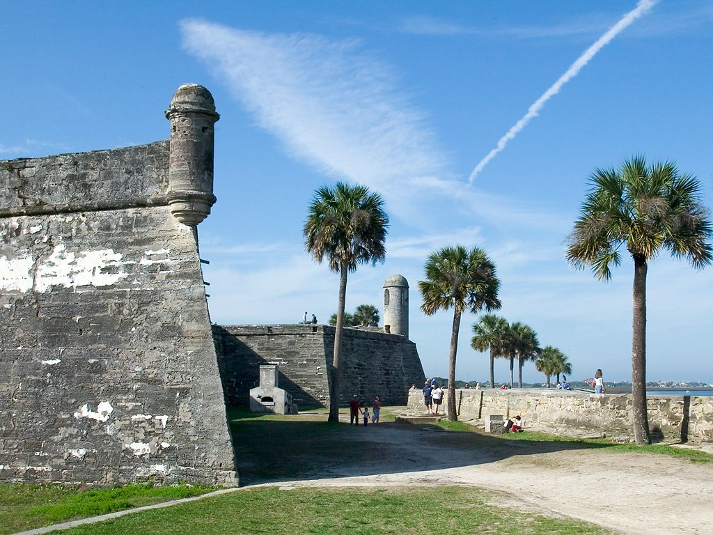 Castillo de San Marcos is a big fort built 1672-95 in the heart of St. Augustine.  Click for next photo.